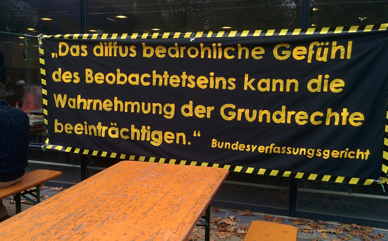 Banner außen an der Mensa Rempartstraße